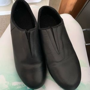Gently used slip on tap shoes